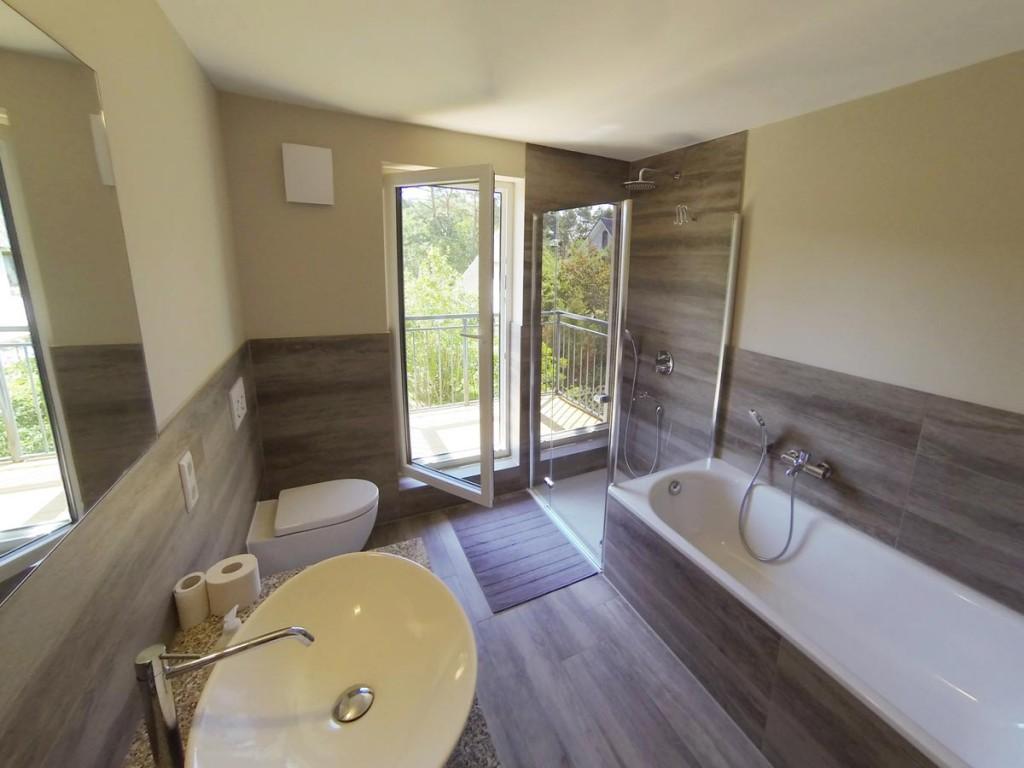 Wannen-/Dusch-Bad im Ferienhaus Dünenwald